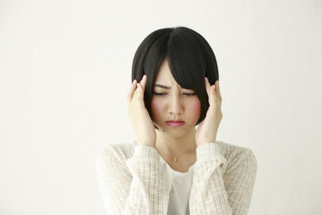 頭痛薬の飲みすぎで胃が痛い