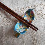 折り紙の笹舟の箸置き