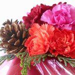 フラワーアレンジメントのクリスマスに使う花の選び方と作り方
