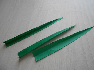 紙テープの笹の枝の作り方4