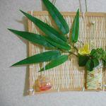 七夕の笹で壁飾り