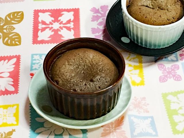 お菓子作りの砂糖の量り方