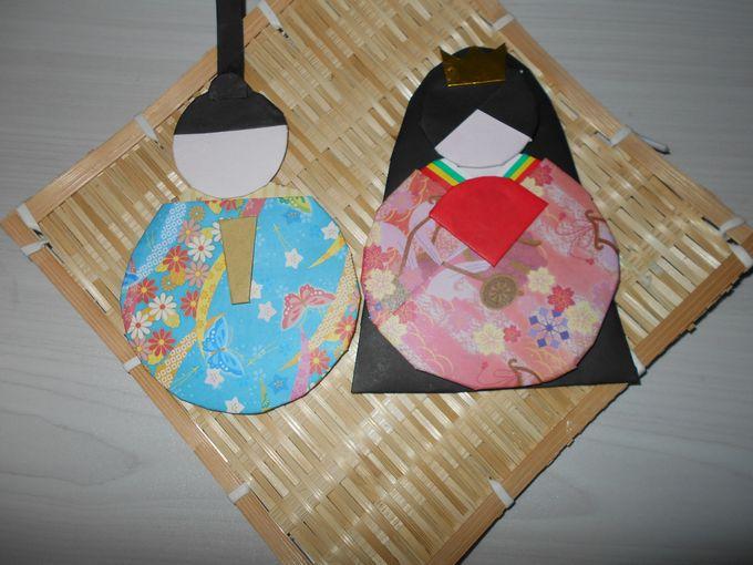 折り紙で作ったお雛様の壁飾り