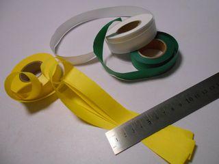 紙テープを15cmごとに折る