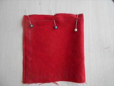 ミニ座布団を縫う1