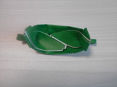 折り紙の笹舟の安定のさせ方